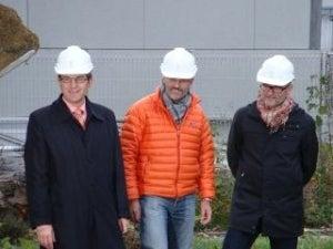 Erich Fehr (Mayor), Freddy Lei (CEO Cendres+Métaux), Nik Liechti (Architect GLS)